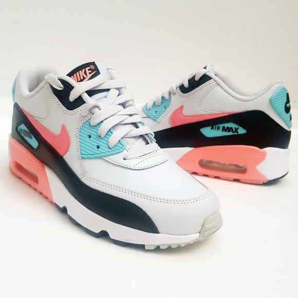 check out 43bb8 2b64e Nike Air Max Nike Sneakers. M 5c8080b345c8b3056ca5c9f6
